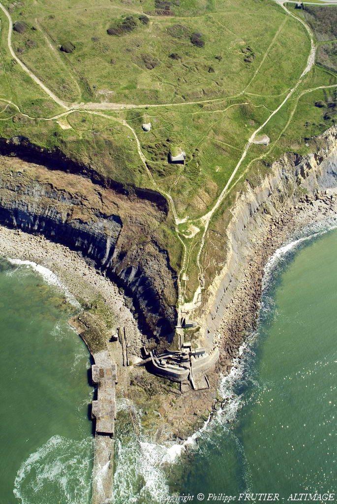 ✈️ Photo aérienne de Pointe de la Crêche - Pas-de-Calais (62) http://www.tourisme.fr/1735/office-de-tourisme-wimereux.htm
