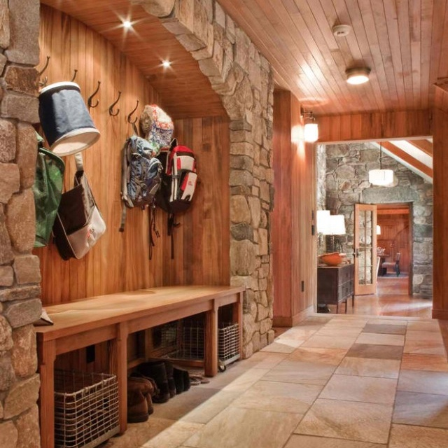 Rustic Basement Love This Looks Like An Old: 1000+ Images About Ski Mud Room On Pinterest