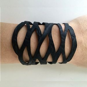 Armbånd, recycled rubber, model LEAVES