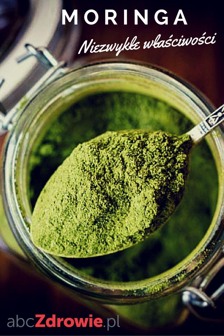 Moringa - zielone drzewo życia, to jeden z bardziej wszechstronnych superfoods. Posiada wiele dobroczynnych właściwości i bardzo łatwo wprowadzić go do swojej diety.  #moringa #drzewomoringa #superfoods #healthy #food #abcZdrowie