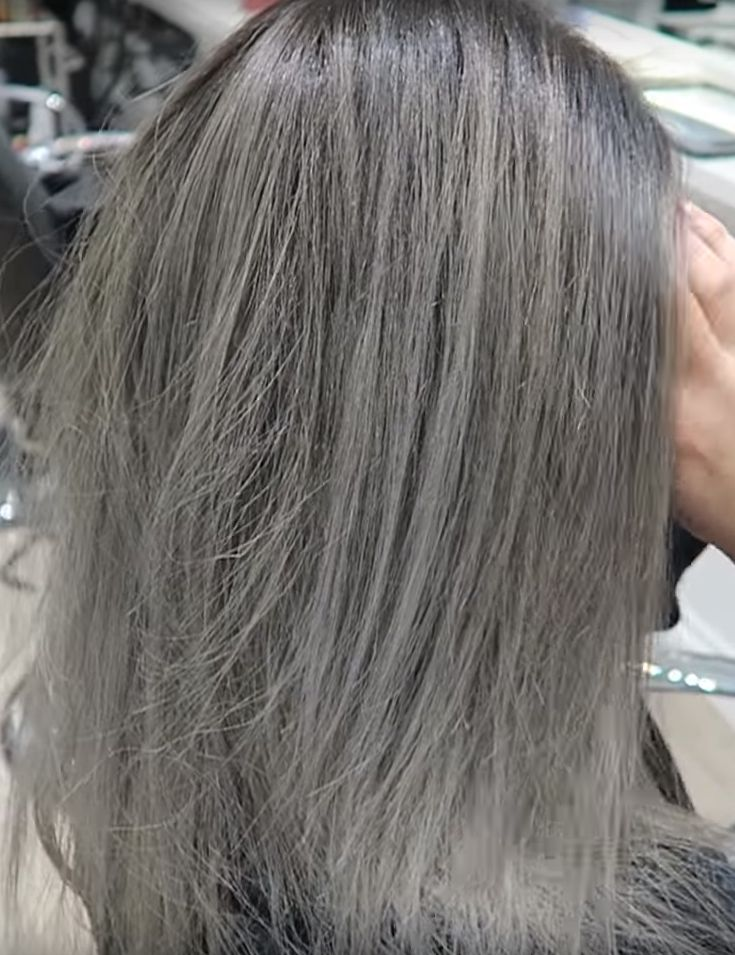 Where To Find The Best Shampoo For Gray Hair Here S A Guide