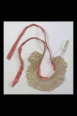 Doll's crochet cotton collar, Swedish, 1855. Nordiska Museet, nr. NM.0119944