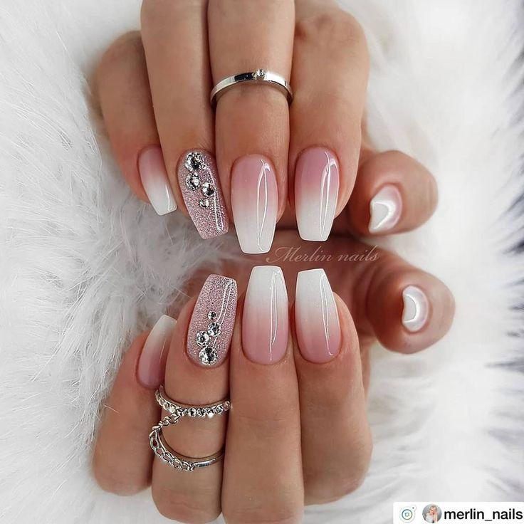 ✨✨✨🌟 Beautiful ombre nails. • 💅 Nail Artis
