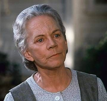 Ellen Corby | FLIGHT OF FANCY: Ellen Corby as Grandma Walton in the long-running TV ...
