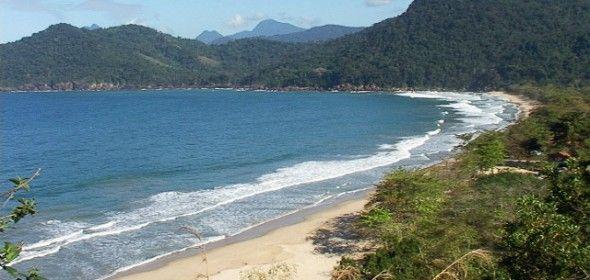 praia do sono : rando depuis paraty ou trindade et plusieurs autres rando dont une cascade et un village reculé comme trindade il y a 30 ans