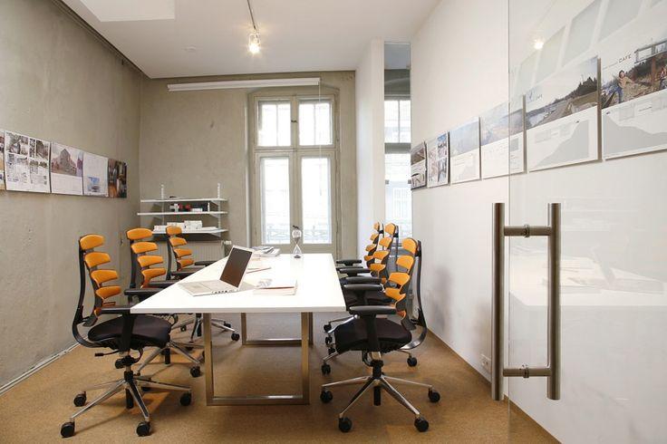 Nowoczesne biuro w starej kamienicy