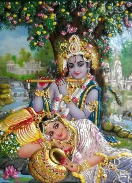 Eternal lovers Radh aand eautiful Lord Sri Krishna,Avatar of Lord #Vishnu,#Sri #Krishna