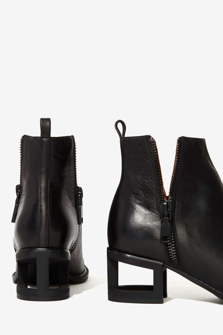 Boone Leather Bootie