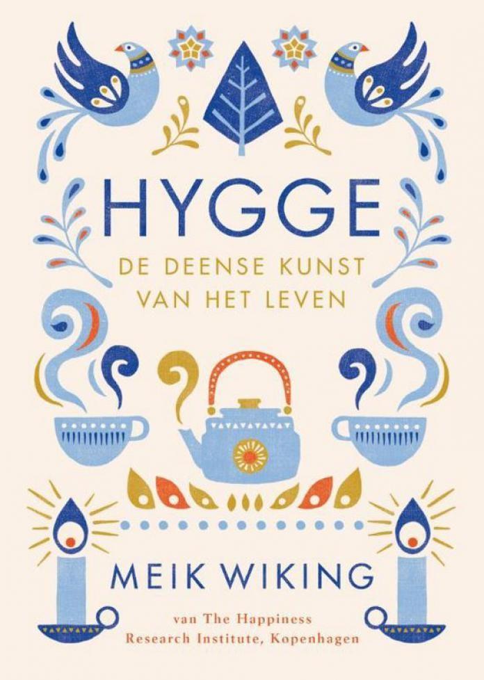 Denemarken is het gelukkigste land ter wereld, ondanks het lange en koude winterseizoen. En dat hebben de Denen te danken aan hun levensmotto: hygge. Wat betekent hygge? We zochten het voor je uit. Hygge heeft geen letterlijke vertaling in het Nederlands, maar wordt vaak omschreven als een gevoel van gezelligheid of samenhorigheid. Hygge is je …