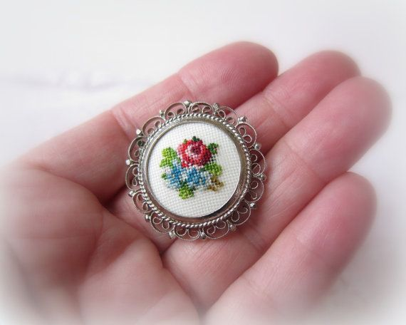 Vintage Petit Point Brooch Cross Stitch Flowers in door gradyladies