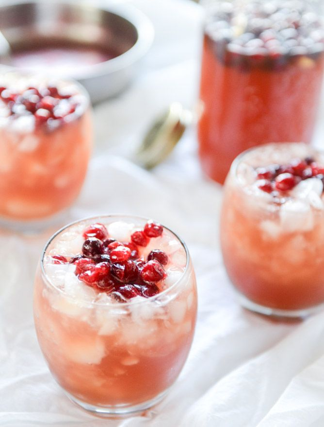 cider cranberry punch I howsweeteats.com