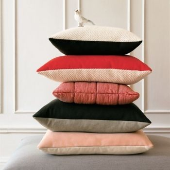 cushions by muuto textil pinterest inspiration. Black Bedroom Furniture Sets. Home Design Ideas