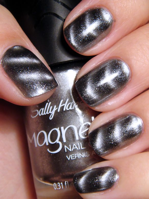 SALLY HANSEN MAGNETIC NAIL POLISH 903 SILVER ELEMENT great finish ...