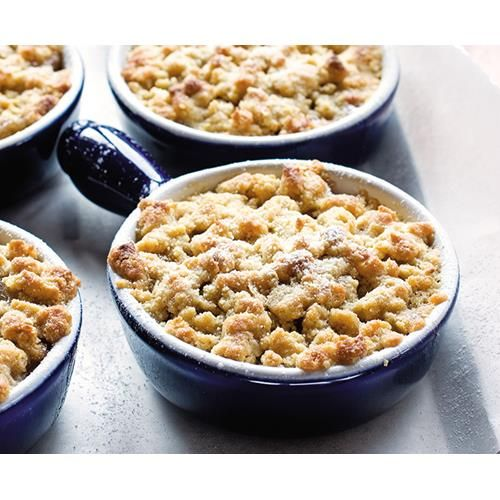 A deliciously indulgent apple and feijoa crumble recipe is a classic that everyone seems to enjoy, especially when evenings are getting crisper, and comforting, warm desserts take over from lighter options