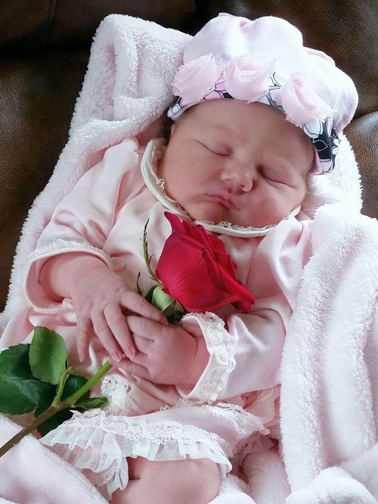 Davia Lynn Waller (Priscilla and David Waller's first girl) born 11/12/14