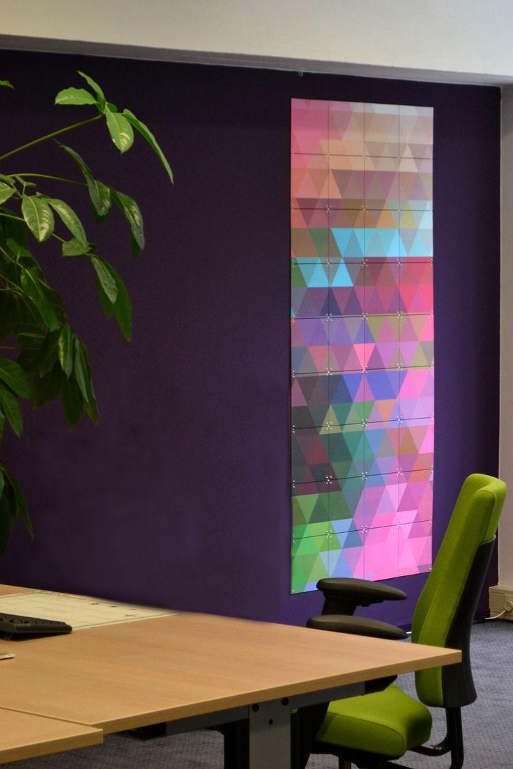 Ontwerp #Binnenkijken #Interieuradvies #NIM Maatschappelijk werk #kantoor #office #projectinrichting #paars #purple #rose #pink #IXXI