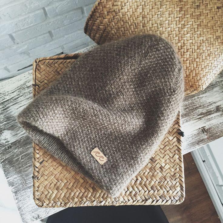 Cashmere handknitted hat (4 ways to wear)