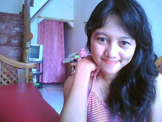 Aprilia G, 25, Surabaya | Ilikeyou - Meet, chat, date