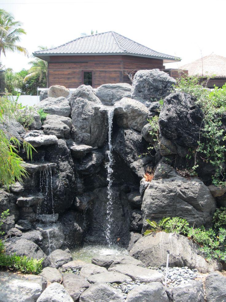 21 Best Backyard Waterfalls By Waterfalls Fountains 400 x 300