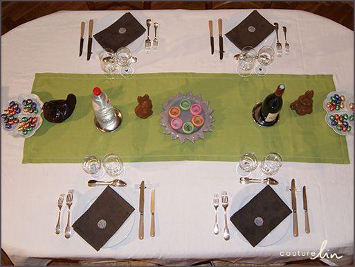 Plus de 1000 id es propos de art de la table couture lin - Chemin de table pour paques ...