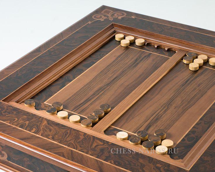 Стол шахматный Делюкс в комплекте с фигурами. Элитный подарок преуспевающему бизнесмену, партнеру по бизнесу, обеспеченному человеку.
