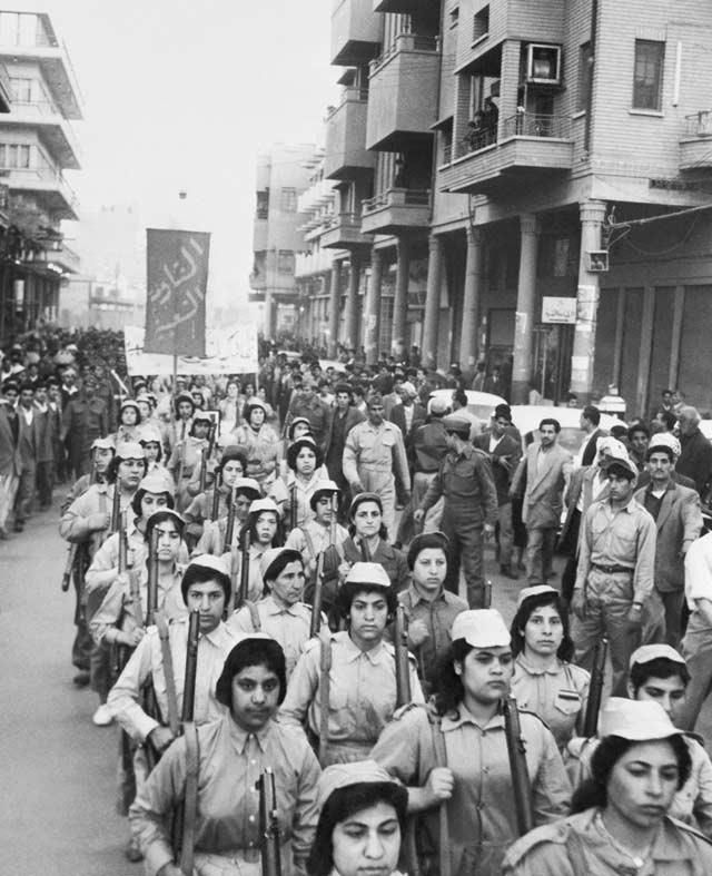 Women of the Iraqi Peoples Resistance  Baghdad - 1959 must find out more about this. http://vintagephoto.livejournal.com