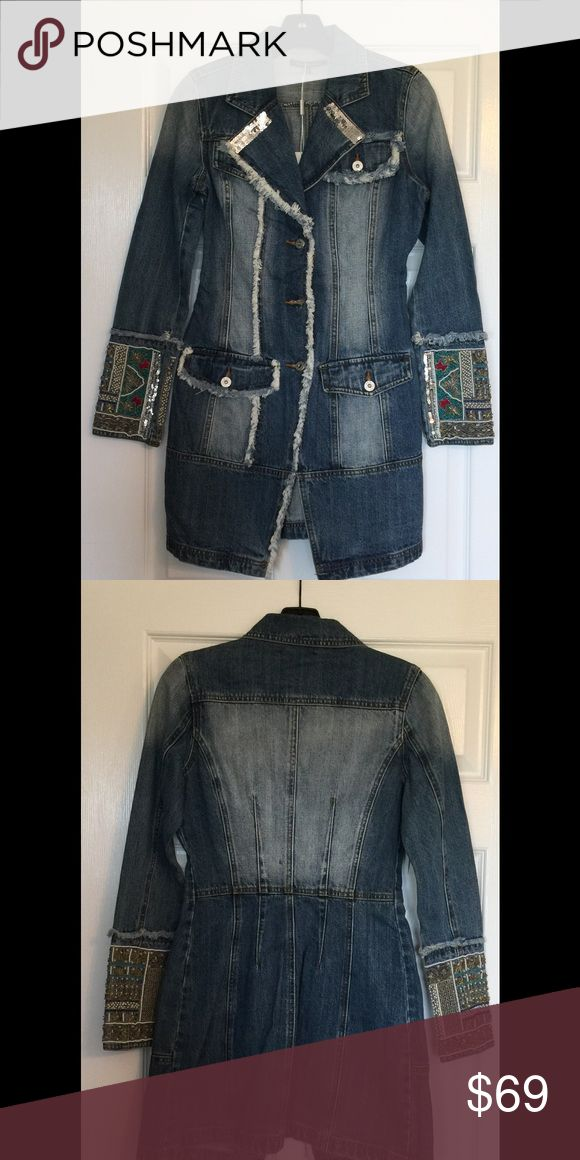 Peppe Peluso Denim Jacket NWT Size Small Peppe Peluso a Women's Denim Jacket -NWT- Size Small - Button Down - Sequin and Bead Detail Peppe Peluso  Jackets & Coats Jean Jackets
