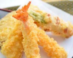 Crevettes et légumes en tempura : http://www.cuisineaz.com/recettes/crevettes-et-legumes-en-tempura-31434.aspx