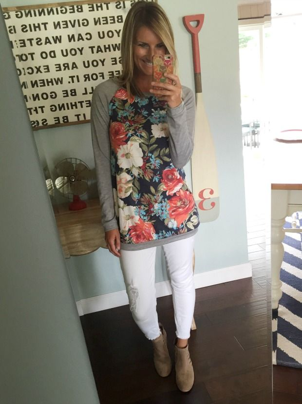 loving this floral tunic with cropped with jeans and ankle booties