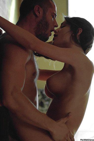 Фото целуются секс