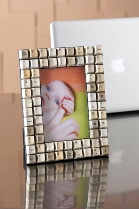 Keyboard key picture frame: Father's Day idea...would like to spell all the names he uses for the kids (little one, buddy, princess, little man).