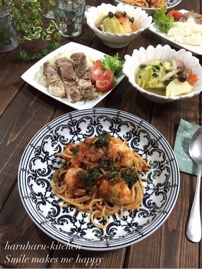 ほうれん草と海老のトマトスパゲッティ♪シンガポールチキンライス♪…のんびり過ごした休日♡