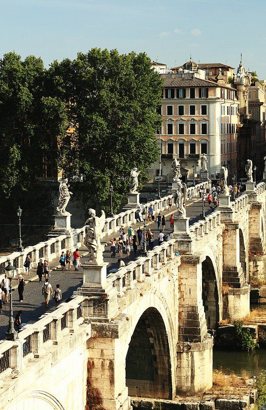 Ponte Sant'Angelo, Rome, Italy // by Tobias Abel via Flickr