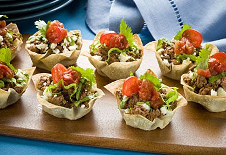 This Mini Taco Bite recipe is simple to make. Beef, chicken, or pork. Top it all off with fresh-chopped lettuce and LA VICTORIA® SUPREMA® Salsa.