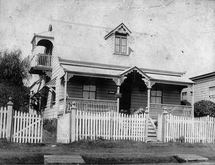 Queenslander Architectural Style (20th Century)