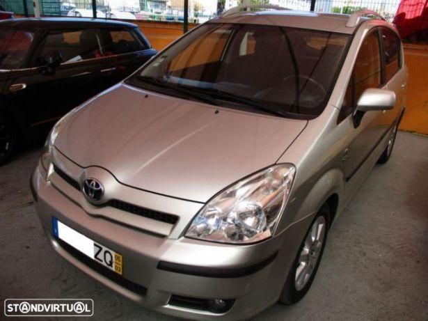 Toyota Corolla Verso 2.0 D-4D preços usados