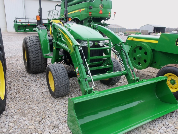 4720 with 400 CX loader