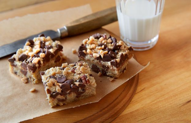 Recette de Riches barres au caramel et aux grains de chocolat