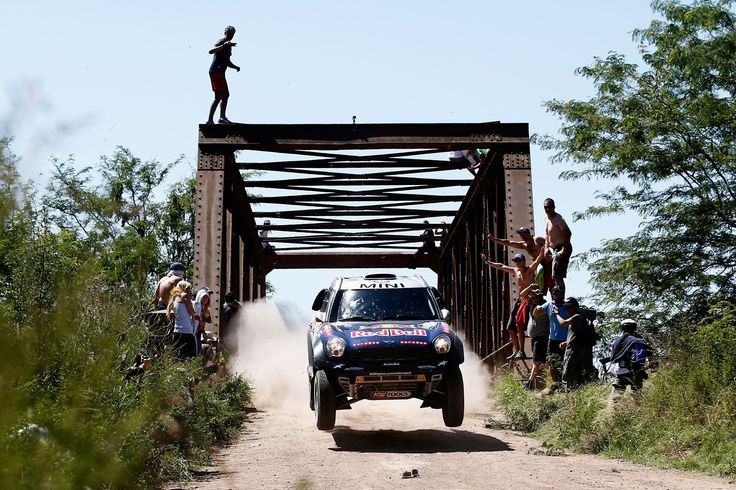 Best pictures from the Dakar Rally 2015