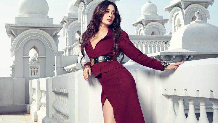 Inside Kareena Kapoor Khan's wardrobe in 23 pictures   Vogue India   People   Best Dressed