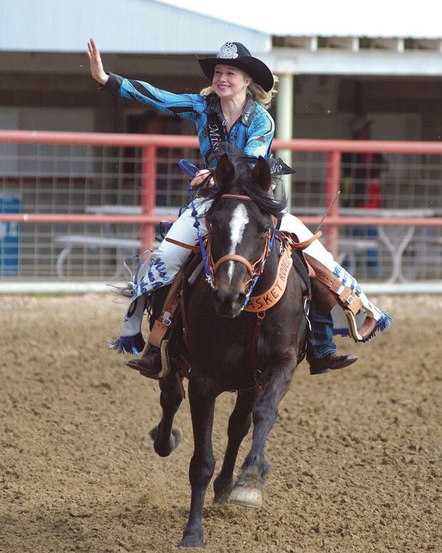 132 Best Rodeo Queens Images On Pinterest  Horse, Horses -7489