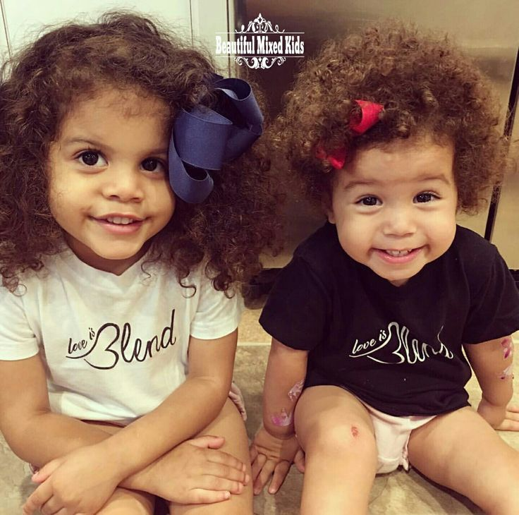 Adrianna (3) & Mila (2) • Américain d'origine irlandaise, amérindienne et afro … – Beautiful Mixed Kids