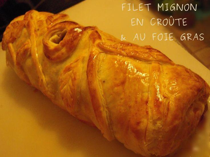 FILET MIGNON EN CROUTE au foie gras et sauce au porto : Délicieux, le rôti de veau reste bien moelleux et j'ai aussi mis du foie gras, on le sent bien. La sauce est parfaite avec.