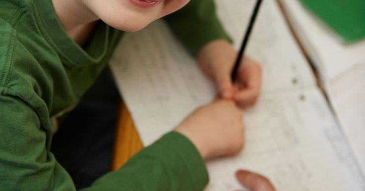 Atividades e ideias de ensino sobre retas numéricas. Utilizar retas numéricas pode ajudar os alunos a criarem imagens mentais de estratégias matemáticas e permitir que passem a fazer cálculos sem papel e lápis. O uso de retas numéricas também ajuda a aumentar a confiança dos alunos na matemática e sua capacidade de usar os números de forma flexível. Existem diversas formas interessantes de ensinar ...