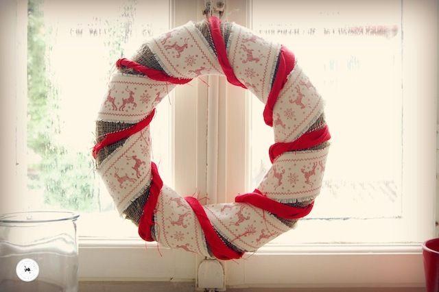Crăciun 2013: Coroniță din pânză de sac