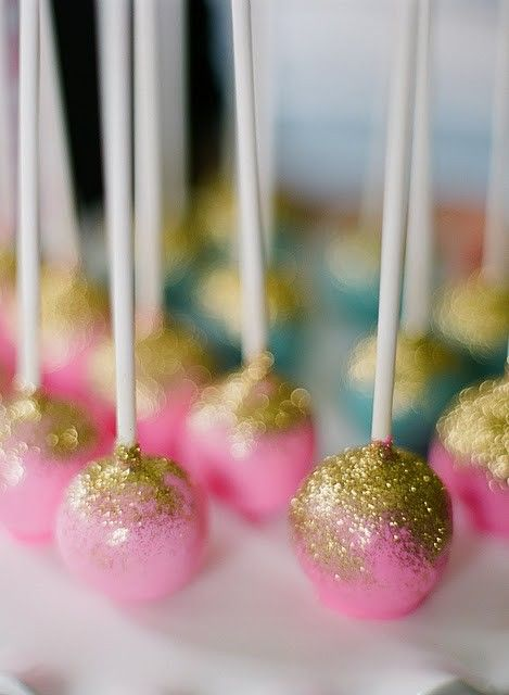 cake pops with glitter!