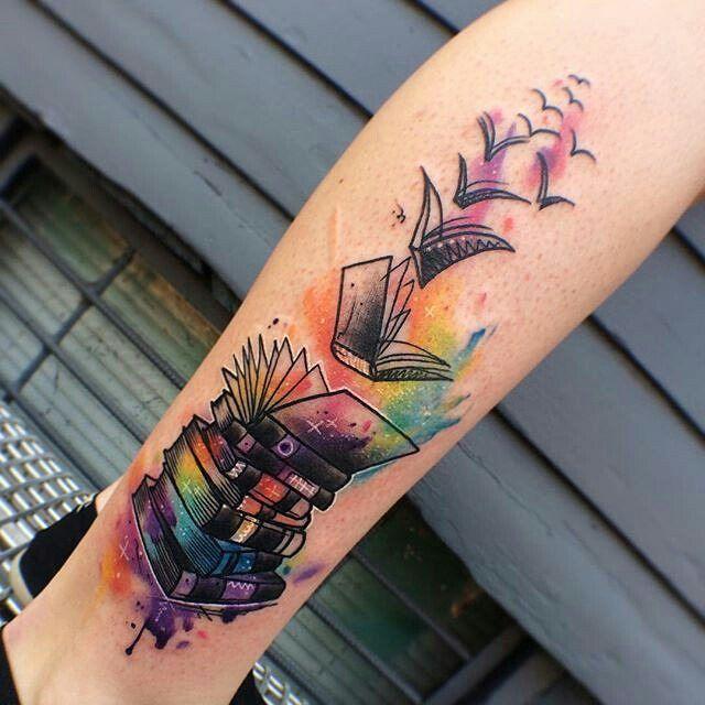 17 migliori idee su libro tatuaggio su pinterest libro tatuaggio tatuaggio libro aperto e. Black Bedroom Furniture Sets. Home Design Ideas