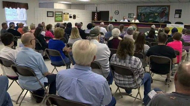 Residents pack the Town Hall for meeting against Brookfield