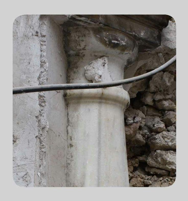 Columnas de m rmol ocultas rehabilitaci n de patrimonio - Columna de marmol ...