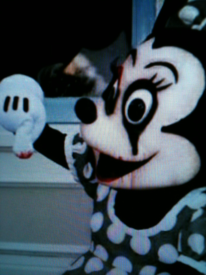 minnie mouse: Creepy Side, Mouse Empire, Inspiration Ideas, Minnie Mouse, Sad Minnie, Murders Minnie, Week Inspiration, Halloween Dement, Halloween Ideas